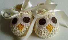 http://www.elo7.com.br/kit-casaco-e-sapato-croche-corujinha/dp/3ADC23