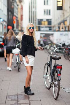 Pedalando por #Copenhagen #fashion #bike