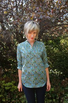 pauline alice - Sewing, patterns, handmade clothing & inspiration: Carme Blouse: Testers' Versions - Part 1 Blouse Patterns, Clothing Patterns, Sewing Patterns, Sewing Hacks, Sewing Tutorials, Sewing Projects, Sewing Ideas, Sewing Blouses, Liberty Fabric