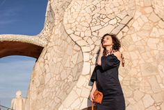 La Pedrera is another beauty designed by famous Catalan architect Antoni Gaudí. It looks like he turned his vision of heaven into the real object. La Pedrera, Vintage Scarf, Zara Dresses, Jasmine, How To Wear, Beauty, Beautiful, Fashion, Beleza