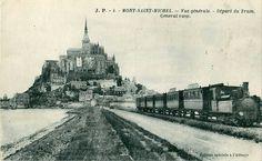 Départ du train Tramway de la Compagnie des tramways normands entre Pontorson et le Mont-Saint-Michel
