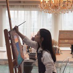 Aesthetic Photo, Aesthetic Girl, Jung Chaeyeon, Anime Scenery Wallpaper, Cute Korean Girl, Romantic Dates, Girl Face, Ulzzang Girl, Photo Poses