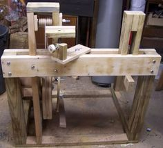 Continuous Motion Treadle Lathe Construction