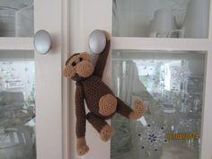 Er selvfølgelig også med på moden, så denne lille KB abe kom til verden.