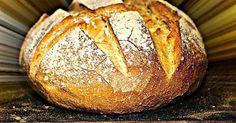 Τι πιο ευλογημένο απο μια   μπουκιά ζεστό σπιτικό ψωμι...   Για σκεφτείτε... το σπίτι σας   στολισμένο Χριστουγεννιάτικα   και απ... Greek Bread, Bread Without Yeast, Dutch Oven Bread, Bread And Pastries, Greek Recipes, Yummy Recipes, Bread Baking, Pain, Food Processor Recipes