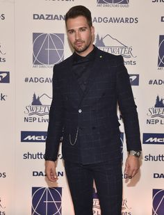 James Maslow Photos - James Maslow attends the Annual Art Directors Guild Awards at InterContinental Los Angeles Downtown on February 2020 in Los Angeles, California. James Maslow, Hottest Male Celebrities, Celebs, Skylar Astin, Eric Dane, Big Time Rush, Josh Duhamel, Zac Efron, Celebrity Babies