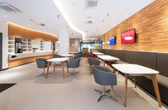CRi Cronauer and Romani Innenarchitekten GmbH designed a new lounge concept in collaboration with the Deutsche Bahn. The style of the... KRION SOLID...