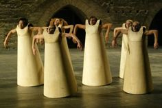 Sasha Waltz No Body. Avignon 2002