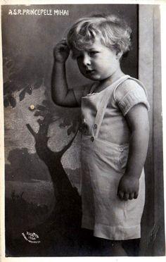 König Michael I.von Rumänien, Mihai I. Rege al Romaniei Michael I Of Romania, History Of Romania, Romanian Royal Family, Grand Duchess Olga, Royal Blood, Young Prince, Life Motto, Royal House, Royal Weddings