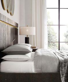 Une chambre classique | design, décoration, intérieur. Plus d'dées sur http://www.bocadolobo.com/en/inspiration-and-ideas/