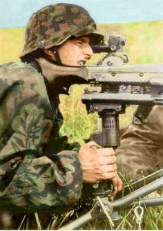 German SS machinegunner