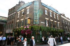 borough market | The Market Porter | Famous Public House in London's Borough Market ...