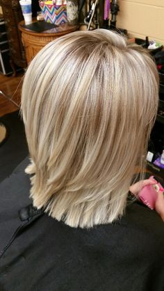 Hair Beauty - Hair Beauty - mayo-May 2016 31 de mayo de 2016 Medium Hair Cuts, Short Hair Cuts, Medium Hair Styles, Short Hair Styles, Choppy Bob Hairstyles, Thin Hair Haircuts, Pretty Hairstyles, Blonde Layered Hair, Blonde Hair