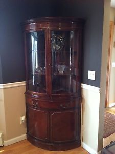 drexel travis court mahogany 1950's vintage curved glass corner