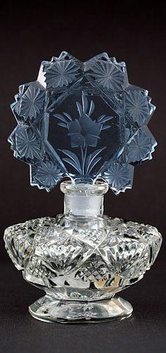 Czechoslovakian Clear Cut Glass Scent Perfume Bottle With Blue Flower Stopper ~ Ʀεƥɪאאεð вƴ ╭ Perfume Atomizer, Antique Perfume Bottles, Vintage Bottles, Cut Glass, Glass Art, Perfumes Vintage, Beautiful Perfume, Wassily Kandinsky, Bottle Vase