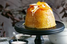 Steamed pudding with caramelised orange. Desserts come into their own in winter, so if it's a steamed pudding worth indulging! No Bake Desserts, Just Desserts, Delicious Desserts, Dessert Recipes, Yummy Food, Thermomix Desserts, Dessert Ideas, Winter Desserts, Autumn Puddings
