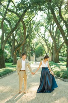 perfectly glam engagement session - love her skirt!! | Spindle Photography