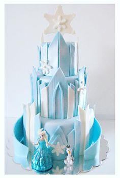 Frozen castle cake                                                                                                                                                                                 More Frozen Party Cake, Frozen Castle Cake, Disney Frozen Cake, Frozen Birthday Cake, Disney Cakes, Birthday Cake Girls, Winnie The Pooh Cake, Easy Minecraft Cake, Happy Birthday Kids
