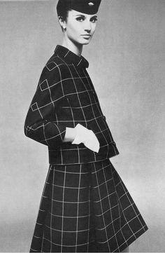 1966 Balenciaga, April, UK Vogue