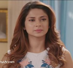 Jennifer Winget, Maya, Bollywood, Glamour, Actors, Fashion Outfits, Couples, Cocktail, Dinner
