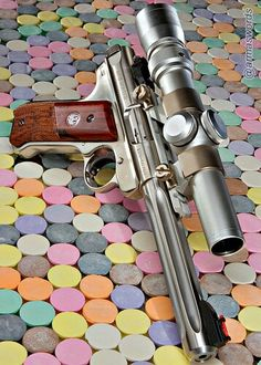 Manufacturer: Ruger Mod. Mark III Hunter Type - Tipo: Pistol Caliber - Calibre: 22 LR Capacity - Capacidade: 10 Shot Barrel length - Comp.Cano: 5 1/2 Weight - Peso: 1162 g