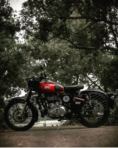 Royal Enfield Classic 350 Redditch Red | Royal enfield ...