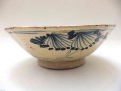 Antique blue white Bowl Korea - China 1749 Bowls and Porcelain & Pottery Ceramic Bowls, Ceramic Art, Stoneware, Chinese Bowls, White Bowl, Pottery Designs, Old Art, Asian Art, Serving Bowls