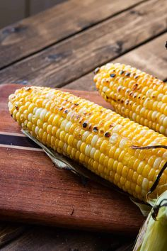 Do you know the secret to the best grilled corn on the cob? No? Well that's because there's not just one but a few secrets to making perfect grilled corn.