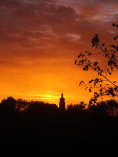 Morning run in #Forchheim #Germany at #sunrise. More about trail running: http://trampelpfad.net