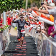 Crazy atmosphere as Jesse Thomas wins the IRONMAN Lanzarote. Congratulations!  Follow us and use hashtag #wonderfulrunning to join the movement.  via @fotorunners.es