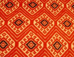 Mayan textile motifs evoke Colonial and Prehispanic designs Textile Design, Fabric Design, Mayan History, Weaving Textiles, Fabric Rug, Native Art, Print Patterns, Creations, Arts And Crafts