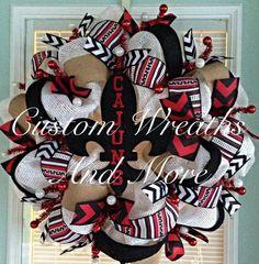 Chevron Burlap wreath with a polka dot by CustomWreathsAndMore