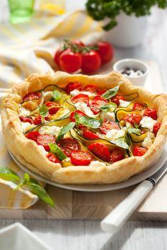 5 τάρτες για super καλοκαιρινό brunch - www.olivemagazine.gr Vegetable Pizza, Vegetables, Food, Cooking Recipes, Essen, Vegetable Recipes, Meals, Yemek, Veggies