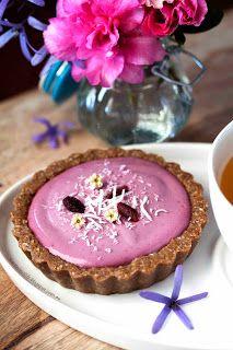 KARENLUVSLIFE: Pink banana custard and maqui berry cream tarts for Breast cancer awareness month