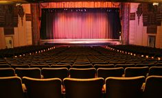 """""""A Critic's Guide to Watching Theatre""""--some basic advice for audience members"""