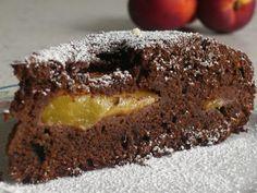 Torta pesche e cioccolato