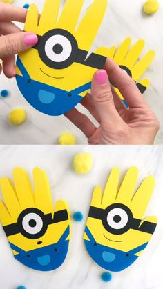 This adorable handprint minion card craft is perfect to help make with toddlers, preschoolers and kindergarten kids. It's an easy DIY to give to Dad o. ,Minion Card For Father's Day, Halloween Crafts For Toddlers, Easy Crafts For Kids, Toddler Crafts, Preschool Crafts, Diy For Kids, Fun Crafts, Preschool Kindergarten, Stick Crafts, Minion Card