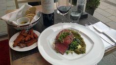 Black Angus rump steak 200g, Tervetuloa BBQ Houseen nauttimaan mehevä Black Angus -härän Rump Steak suoraan laavagrillistä. 29,50 €. BBQ House, 1.krs.