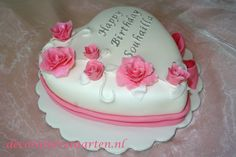 Taart 'Hart met roze roosjes' - detail