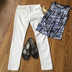 "NWT Michael Kors white skinny jeans NWT Michael Kors white skinny jeans size 4. Waist flat 14.5"", inseam 29.5"". Michael Kors Jeans Skinny"