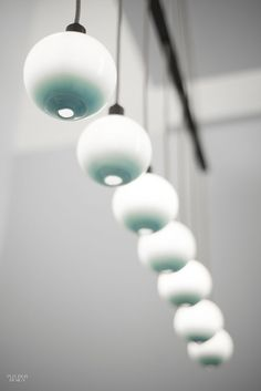 Round Lamps Spin Into the Spotlight