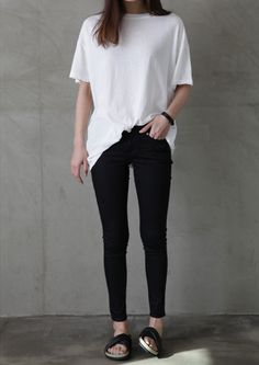 new ideas for fashion casual chic minimal classic simple Minimal Chic, Minimal Classic, Minimal Fashion, Minimal Clothing, Minimal Look, Classic Style, Look Fashion, Korean Fashion, Trendy Fashion