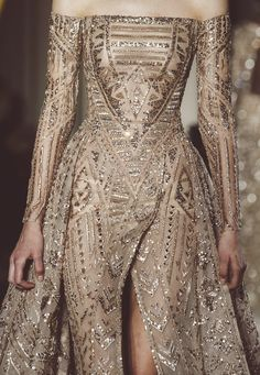 Zuhair Murad at Couture Spring 2018 Zuhair Murad at Couture Spring 2018 - The Most Breathtaking Couture Runway Details for Spring 2018 - Photos Haute Couture Style, Haute Couture Dresses, Spring Couture, Couture Details, Couture Week, Vestidos Fashion, Fashion Dresses, Fashion Clothes, Style Clothes