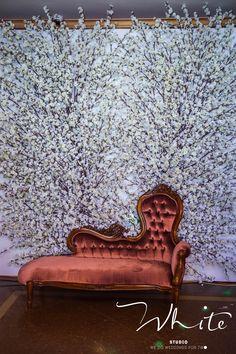 Фотозона - это участок на территории проведения торжества, где любой гость может сделать красивую фотографию. Чтобы это пространство было гармоничным, следует использовать те же фактуры, цвета, элементы, что и для основного декора свадьбы.  Если вы доверяете организацию свадьбы профессиональному свадебному организатору, он непременно подберет для вас самый оптимальный и наиболее выгодный вариант!  Хотите идеальную свадьбу? Звоните:  8-961-262-04-90