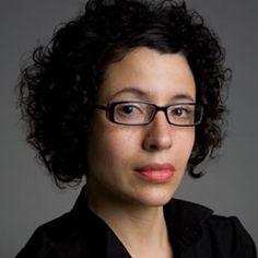 """A escritora Andréa del Fuego fala sobre o processo criativo do livro """"Os Malaquias"""" nesta terça-feira, 24, às 20h, no Sesc Vila Mariana. A entrada para o evento é Catraca Livre."""