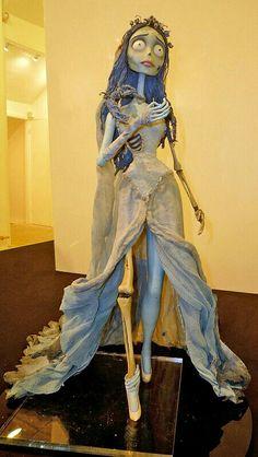 El cadaver de la novia, emily