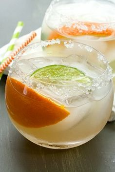 Creamsicle Margaritas Recipe Cold Drinks, Non Alcoholic Drinks, Refreshing Drinks, Summer Drinks, Party Drinks, Fun Drinks, Cocktail Drinks, Cocktail Recipes, Cocktails
