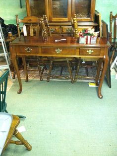 Vintage Colonial  Sofa Table Local Pick up only by JenCinAntiques, $99.00
