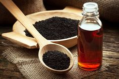 Recent studies have confirmed that black cumin seed oil (nigella sativa) can inhibit cancer cell activity and is an effective cancer treatment, at least in animal studies. The black cumin seed oil … Herbal Remedies, Health Remedies, Home Remedies, Natural Remedies, Asthma Remedies, Benefits Of Black Seed, Kalonji Oil, Nigella Sativa Oil, Organic Black Seed Oil