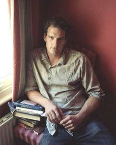 Dan Snow - Historian . . .  good looking AND intelligent